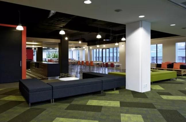 游戏娱乐公司开放式办公室设计效果图